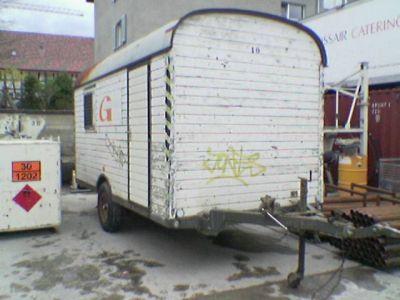 Dieser Bauwagen soll mein erstes 'Bienenhaus' werden