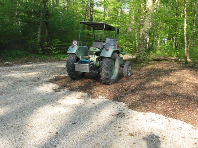 Traktor am 22.04.2016 Abends wieder repariert