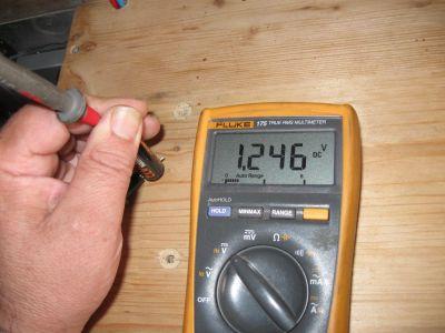 Spannung des einzubauenden NiMh Akku für den Landi Maulwurfschreck Solar