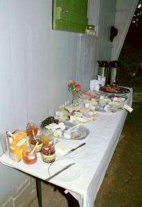 Brunchbuffet am Maibummel 2000