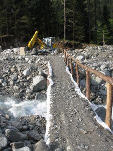 Die 2m breite Brücke