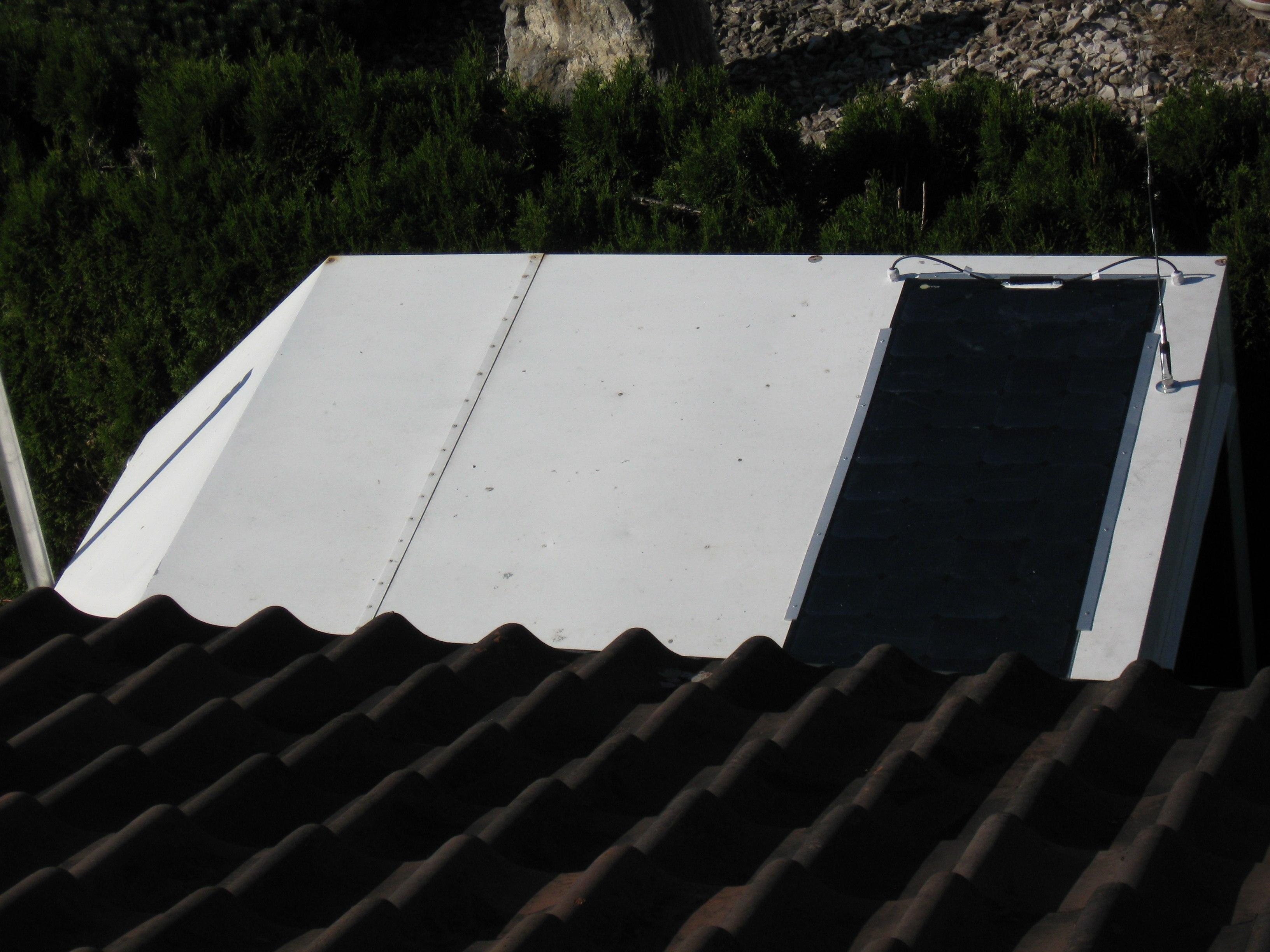Solarpanel am 26.08.201 auf Funkanhänger montiert