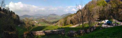 Panorama vom Chilchzimmersattel hinunter ins Tal