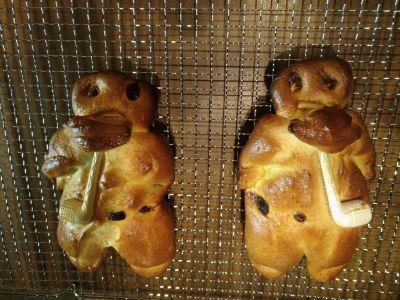 Aus Aschi's Weihnachtsbäckerei, die ersten richtig gebackenen 'Grittibänze'