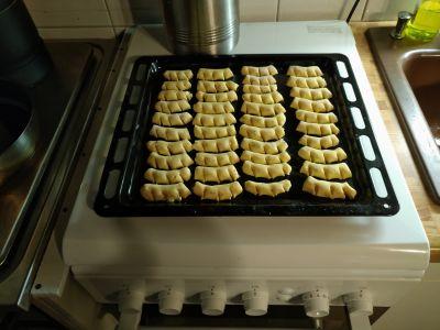 Aus Aschi's Weihnachtsbäckerei, die ersten Weihnachtsplätzchen