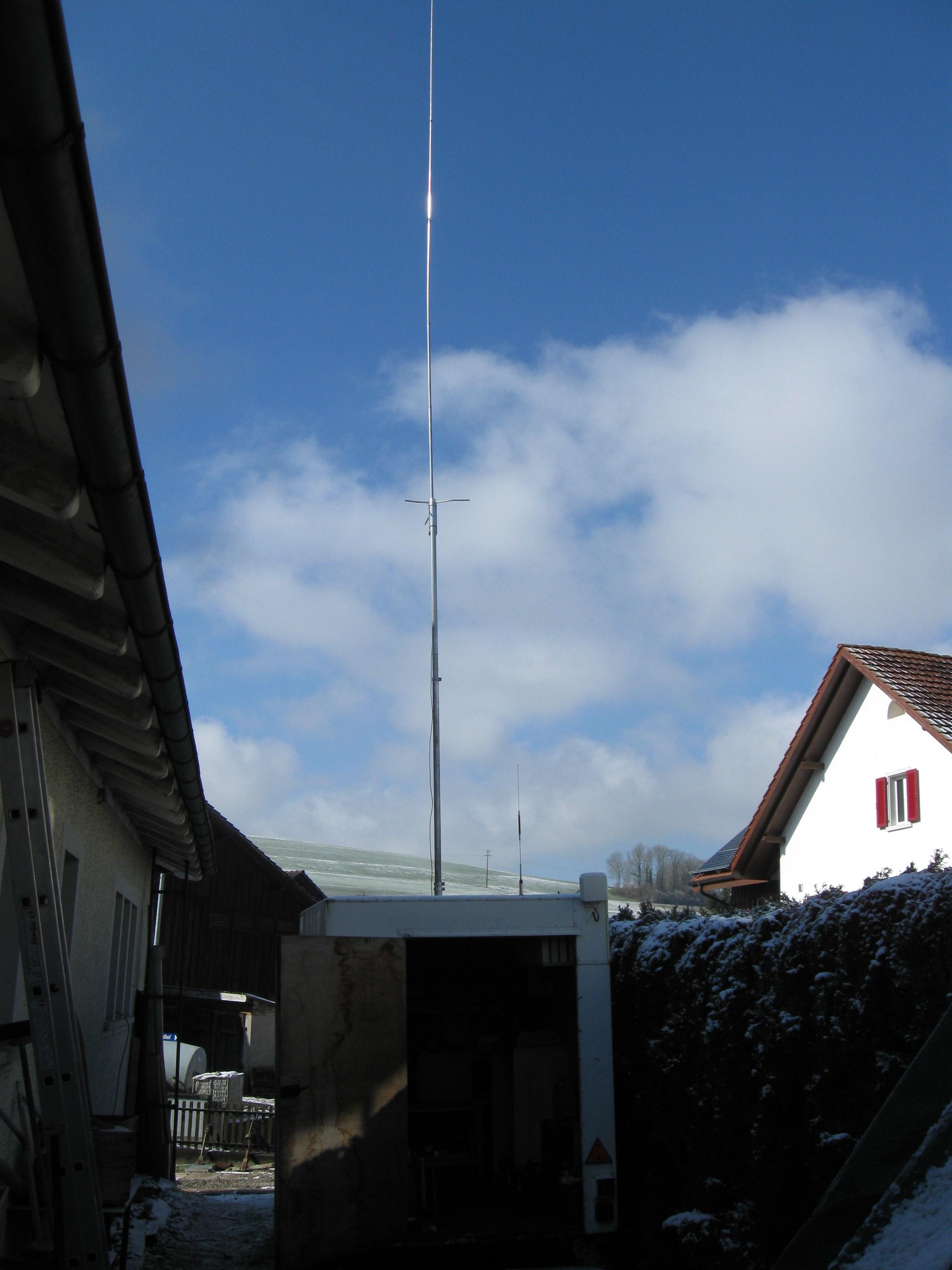 ...und Antenne am Funkanhänger bereit für die nächsten Test's